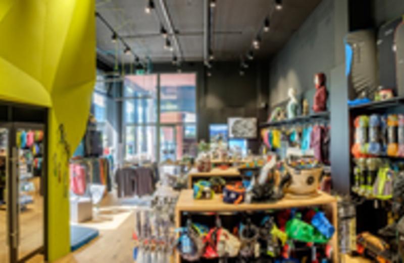 b361ef478189ee Jubiläums-Wettbewerb vom 05. 6. Nov. 2017  1 Jahr Transa Kletter Shop Root  D4